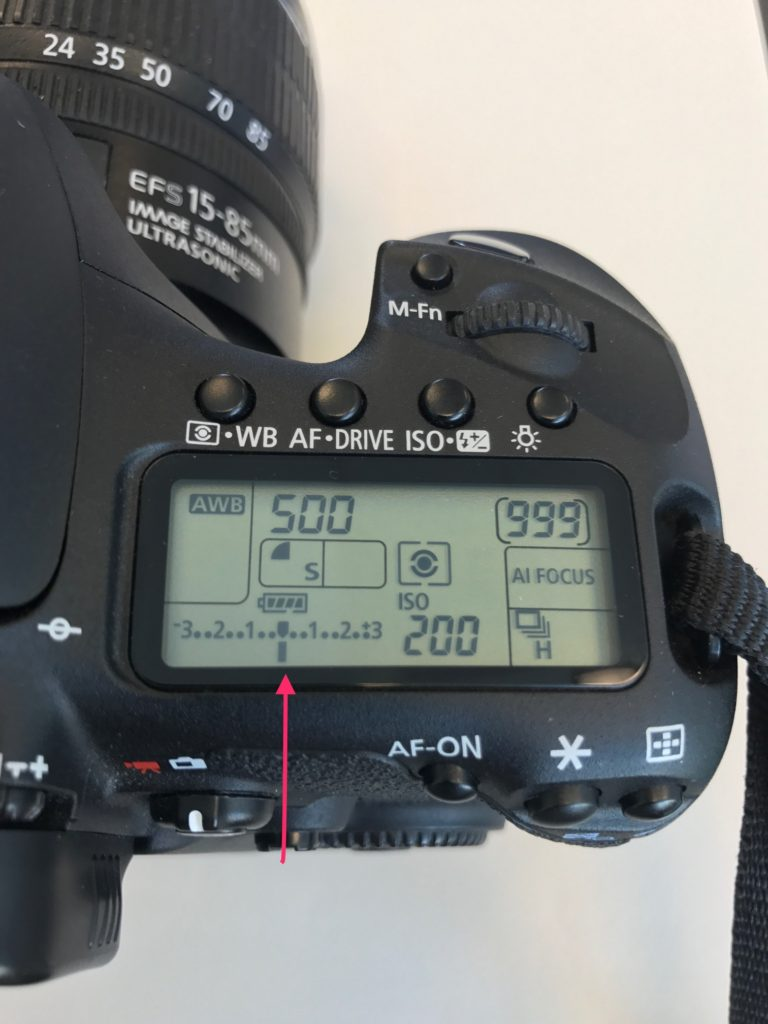 dslr camera settings for different situations